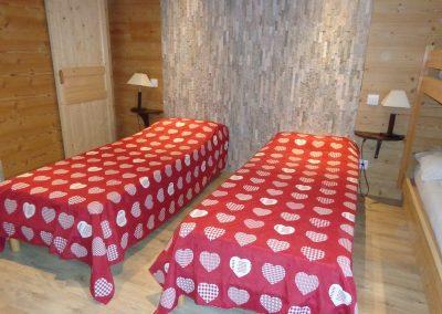 grande-chambre-lits-simples