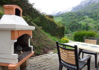 aubier-terrasse-barbecue